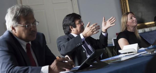 Prof Madya Abdul Aziz bin Abd Latif, Deputy VC, Universiti Malaysia Kelantan andTan Sri Dato Sri Prof Ir Dr Sahol Hamid Abu BakarVice Chancellor/President Universiti Teknologi,  St Johns College, Durham University